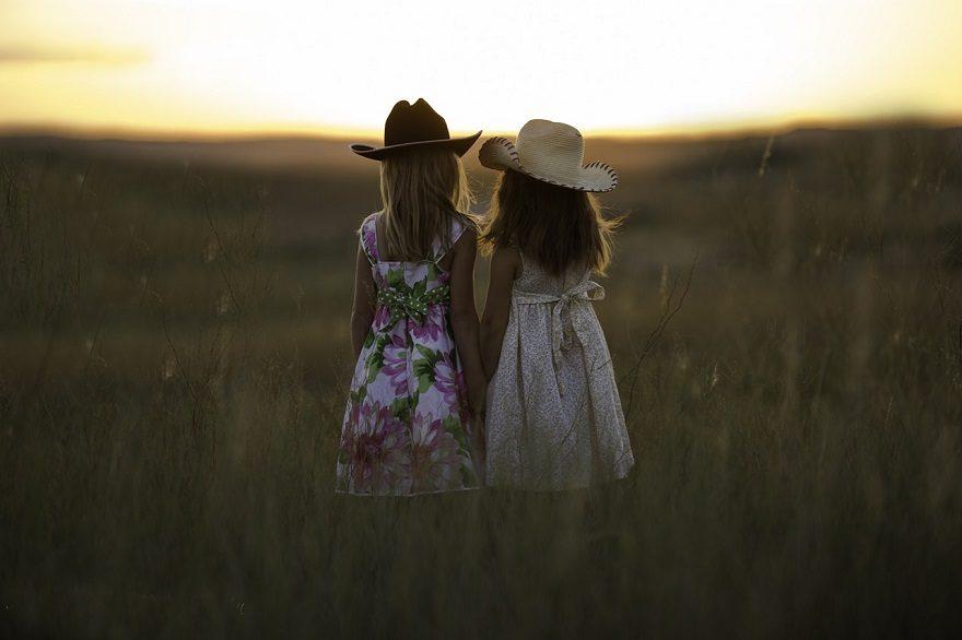 siostry i wielki świat