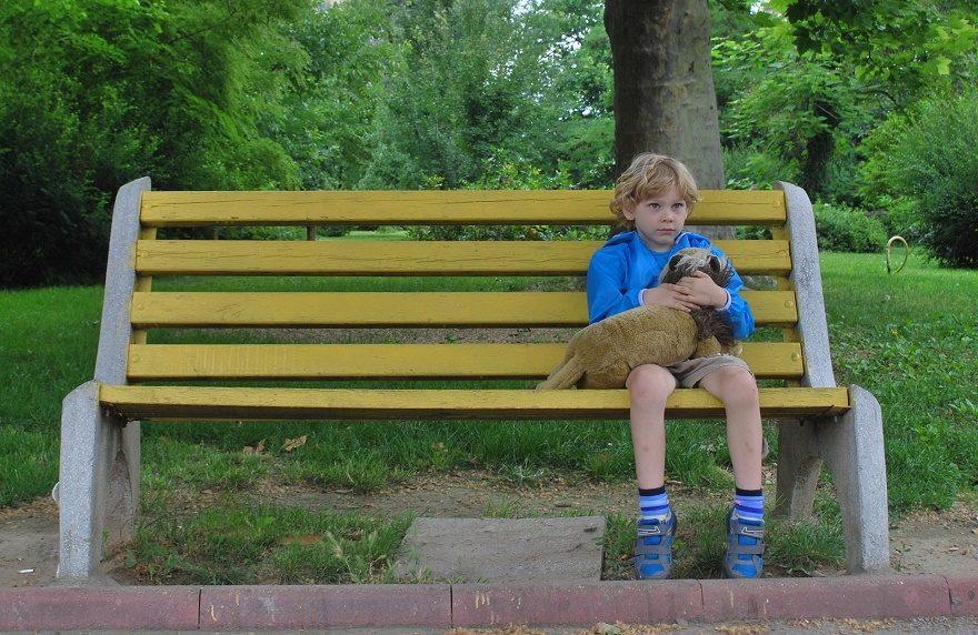 smutby chłopiec