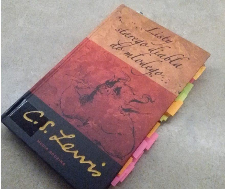 książka z biblioteki